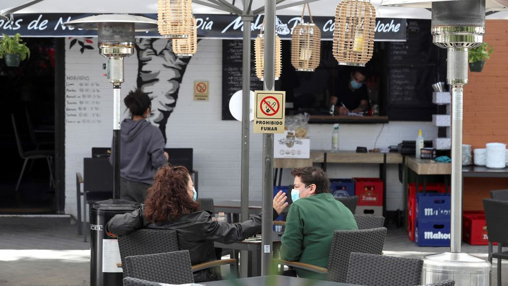 Se busca calefactor para terraza de bar: sin existencias del 'papel higiénico' de la hostelería