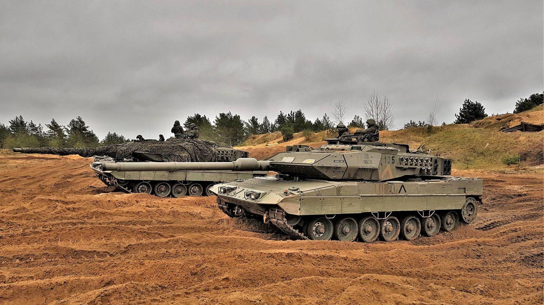 Leopardo 2E del contingente español en Letonia. (Juanjo Fernández)