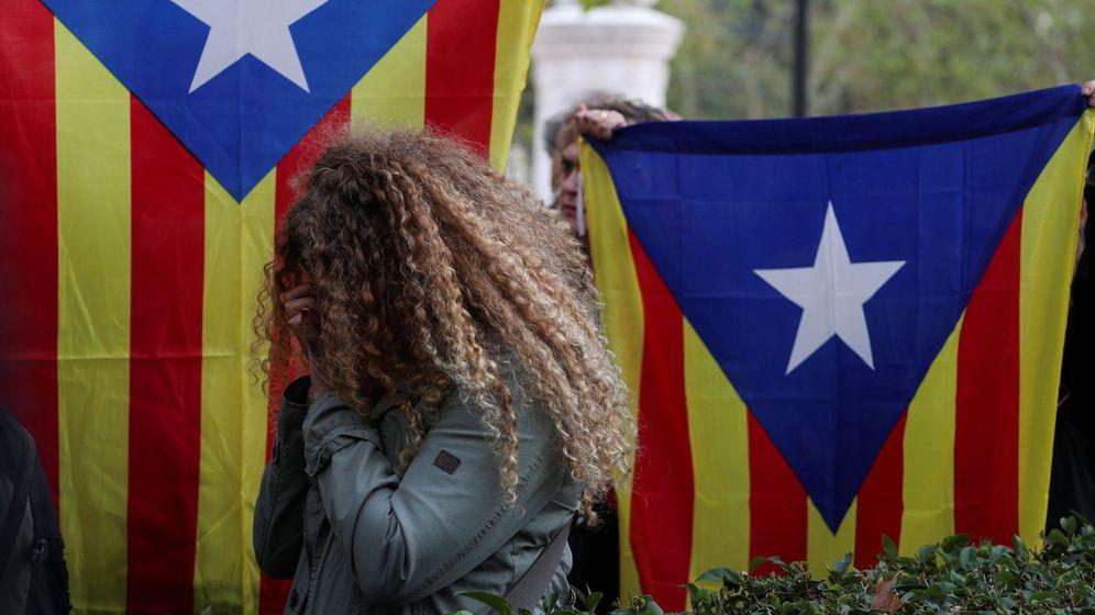Foto: Manifestación en contra de la encarcelación de Junqueras y los ocho 'exconsellers'. (Reuters)