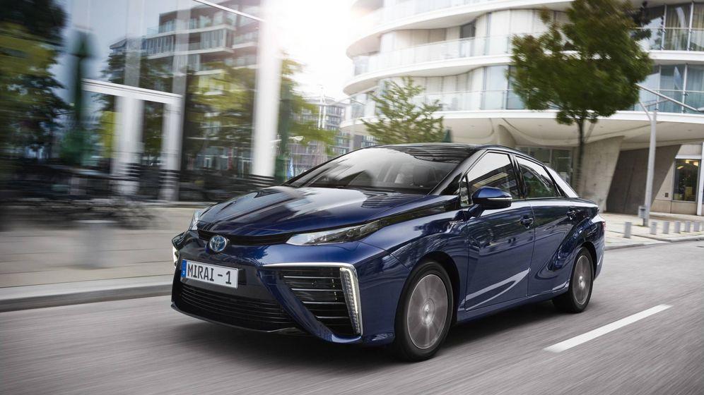 Foto: El Toyota Mirai sería un coche ideal para ciudad y carretera si hubiera una infraestructura de recarga.