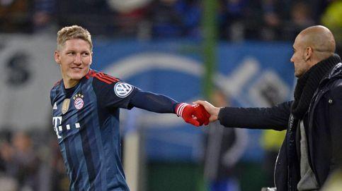 Schweinsteiger se va con Van Gaal tras no ser el mediocentro que exigía Pep