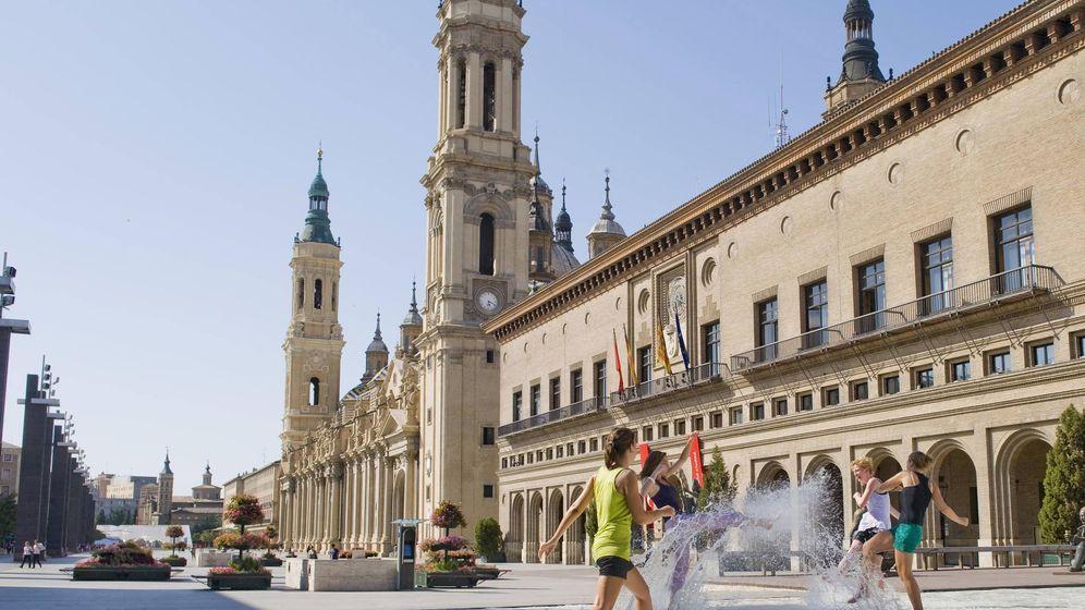 Foto: Centro de Zaragoza, afectada por las alta temperaturas. (EFE)
