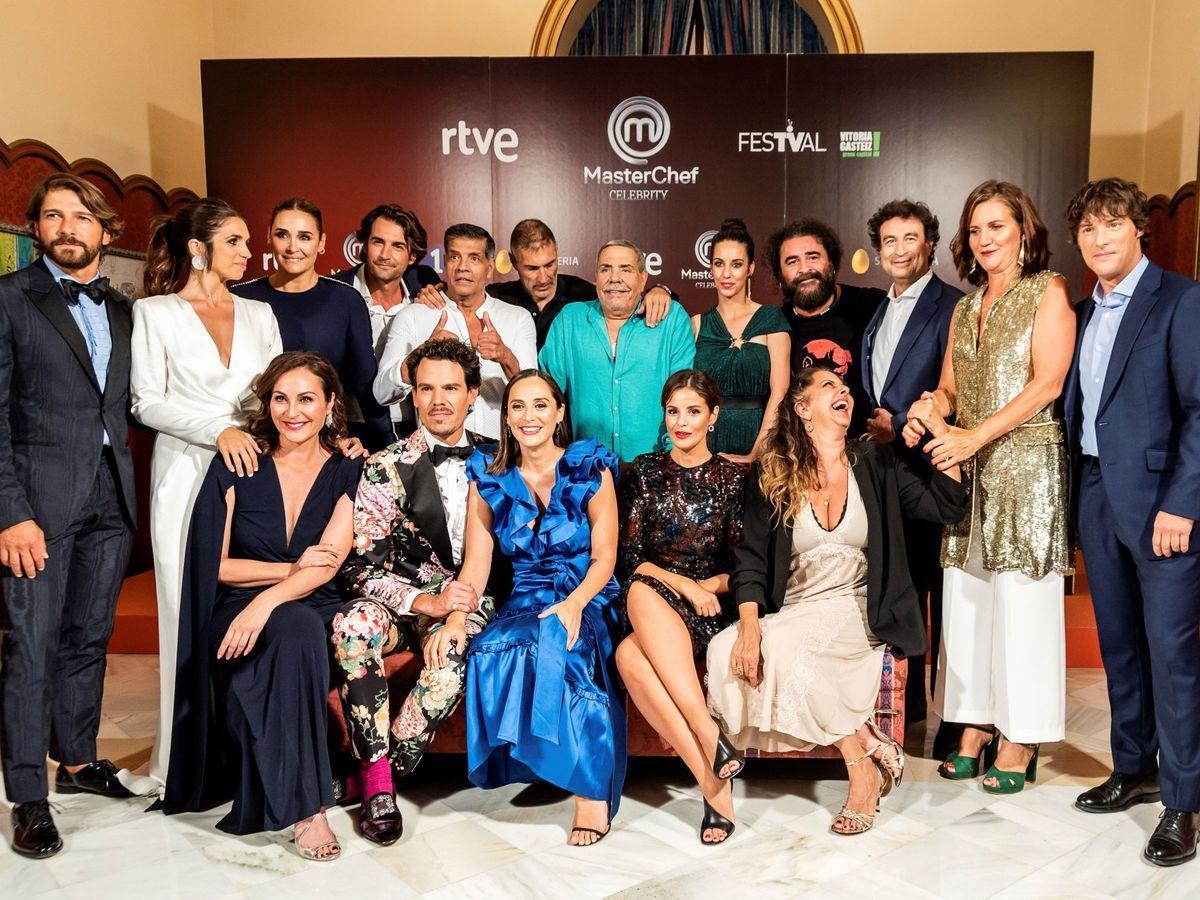 Foto: Tamara, junto a otros participantes de 'MasterChef'.