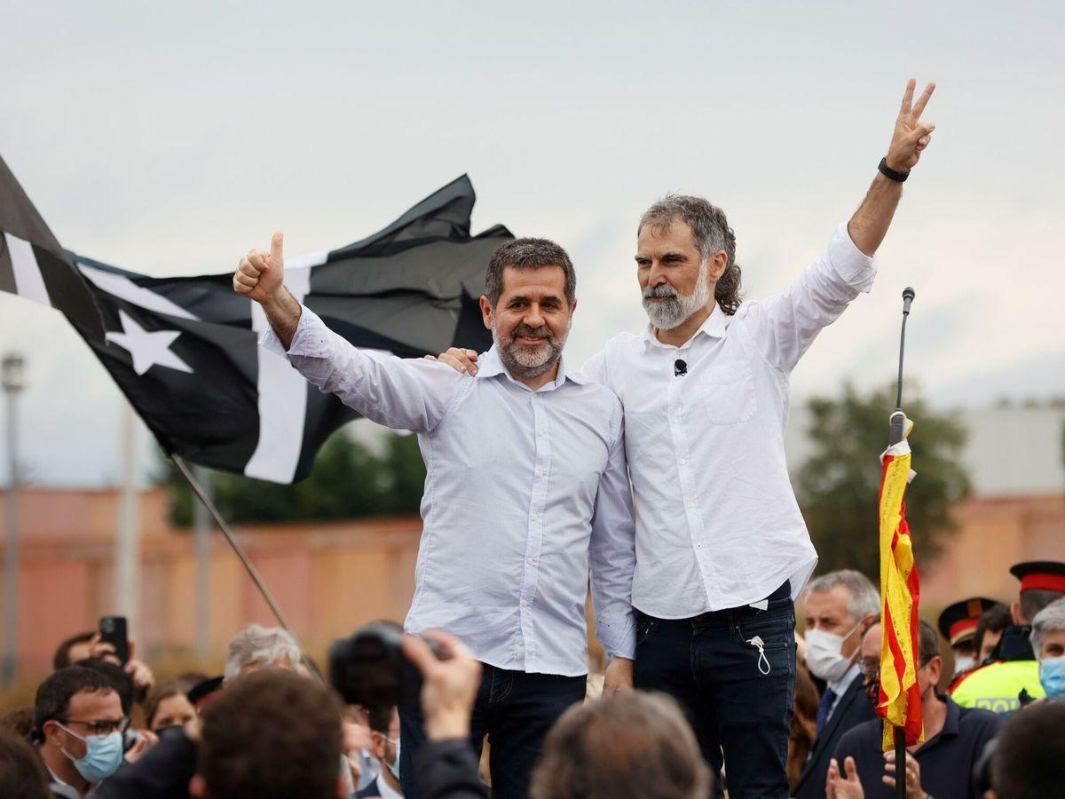 Foto: Jordi Cuixart, y Jordi Sànchez. (EFE)