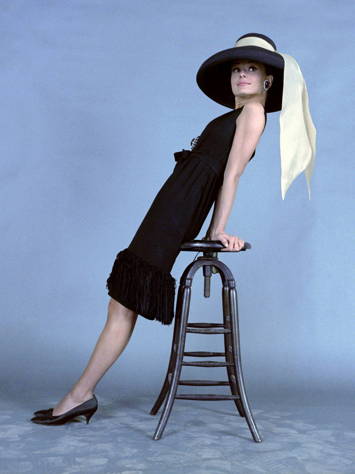 Audrey Hepburn, en el rodaje de 'Desayuno con diamantes'. (Cordon Press)