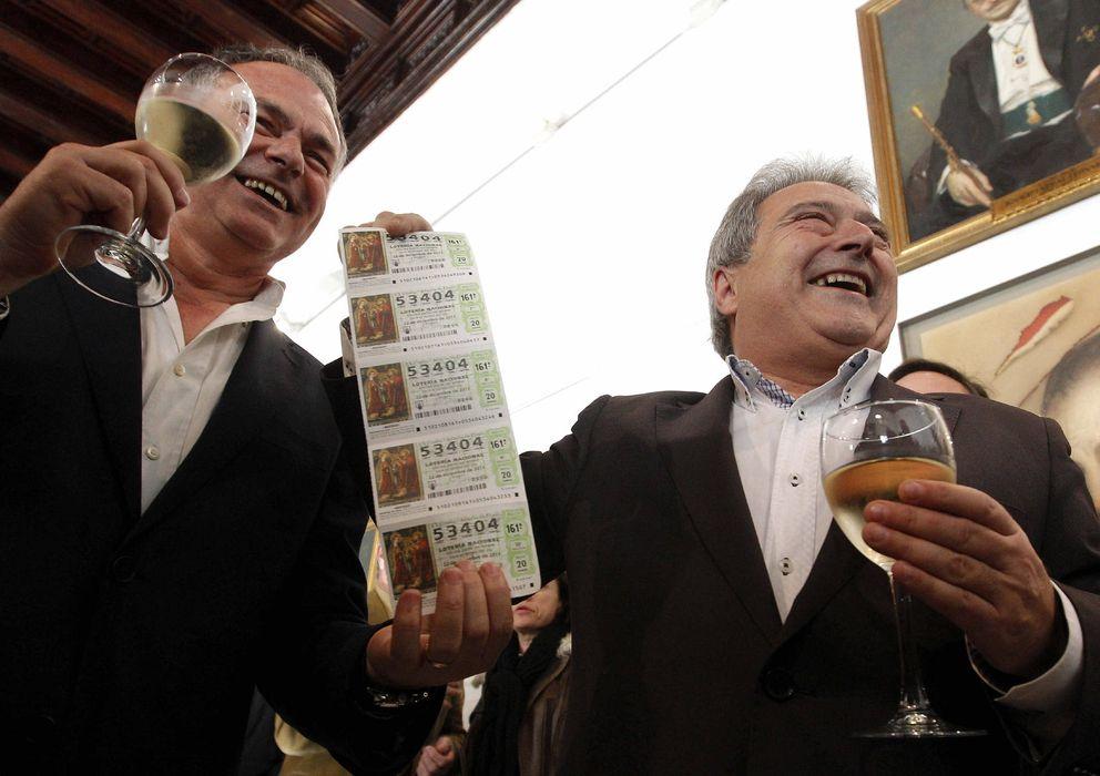 Foto: El presidente del Olímpic de Xàtiva, Alfonso Rus, fue agraciado con el segundo premio de la Lotería de Navidad en 2011.