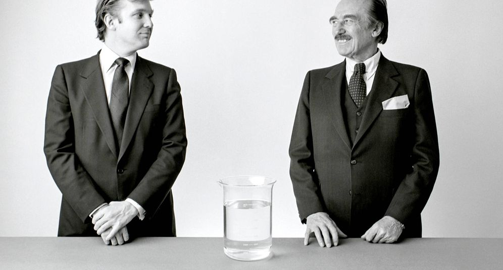 Foto: Donald Trump y su padre, Fred. (Alamy)