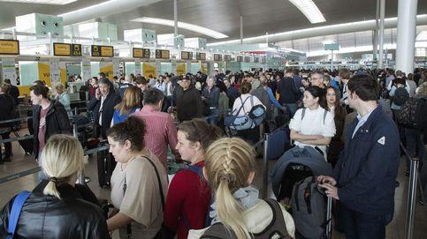 La Policía ordena flexibilizar el control fronterizo de El Prat para evitar colas