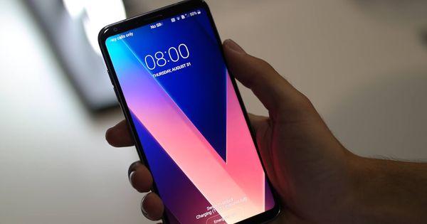LG V30: su pantalla OLED y su cámara dual para vídeo te van a encantar