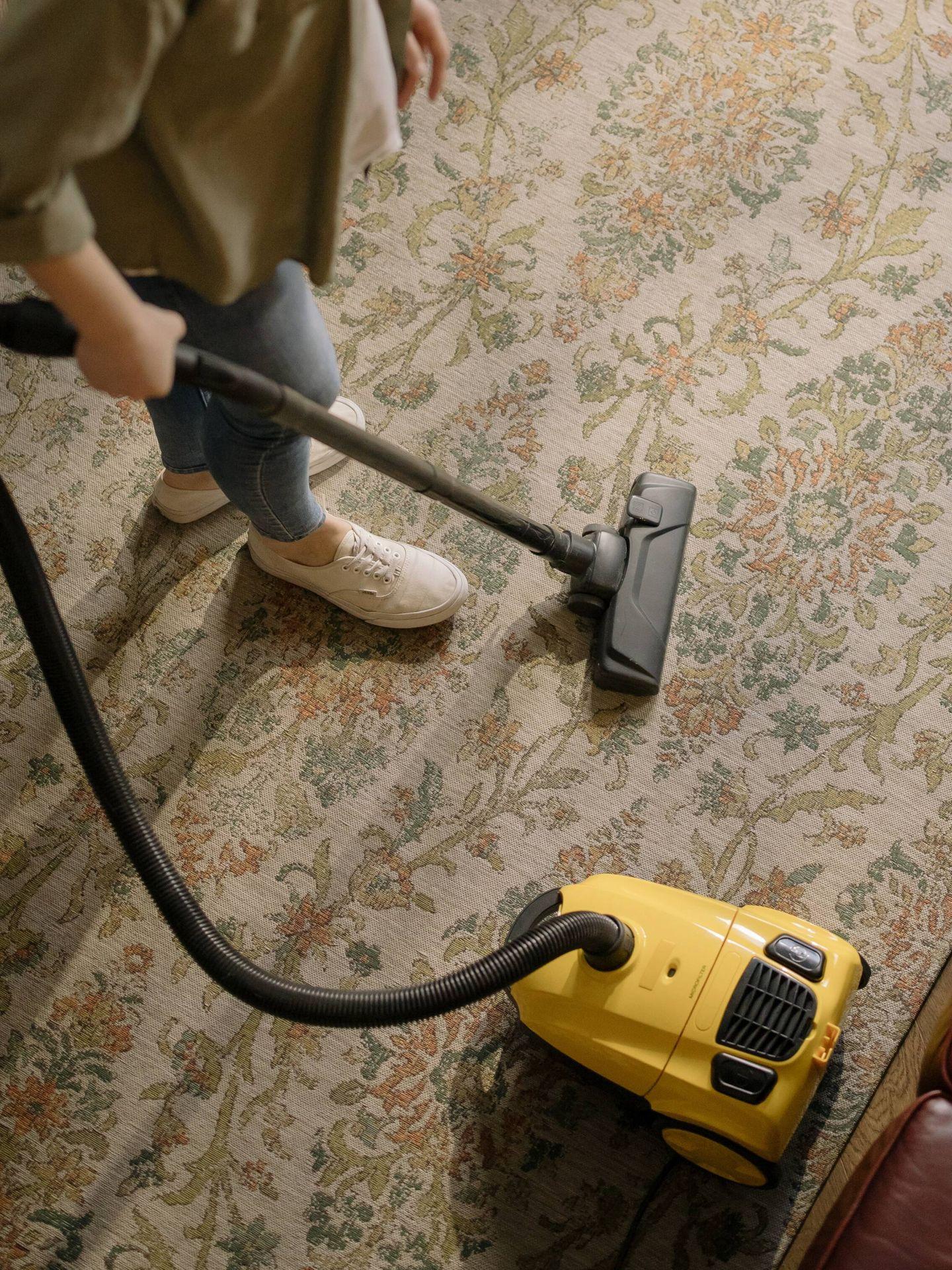 El método FlyLady te ayuda a ordenar y limpiar tu casa, mientras ahorras tiempo. (Cottonbro para Pexels)