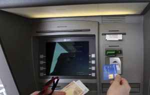 Sólo el 18% de los españoles asegura confiar en los bancos