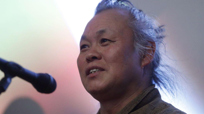 Muere por covid-19 el cineasta surcoreano Kim Ki-duk a los 59 años