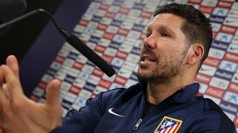 Foto: El entrenador argentino no desveló el once (Efe)
