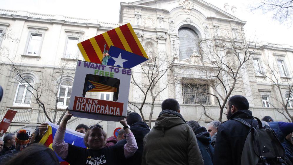 Foto: Consulta catalana (EFE)