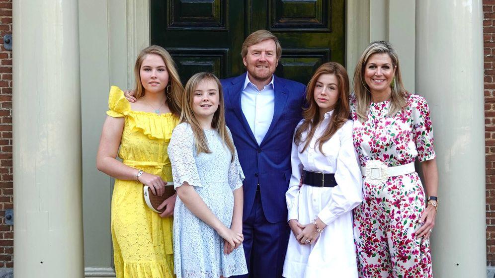 Foto: La familia real holandesa, este lunes en Huis ten Bosch. (Casa Real)
