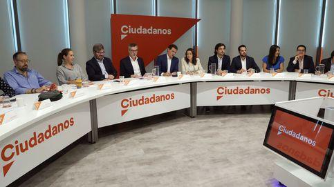 Rivera silencia a los críticos y reta a Vox: 'pacto andaluz' o gobernará la izquierda