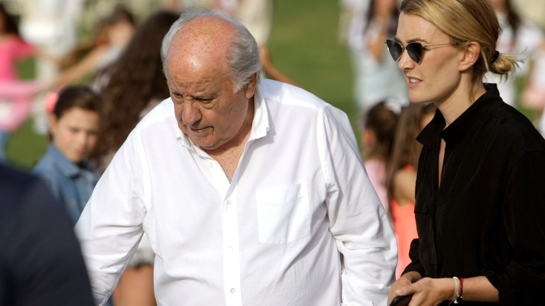 Amancio Ortega con su hija Marta. (EFE)