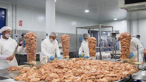 El rey del kebab fabrica 50.000 bocadillos al día en un polígono de Alicante