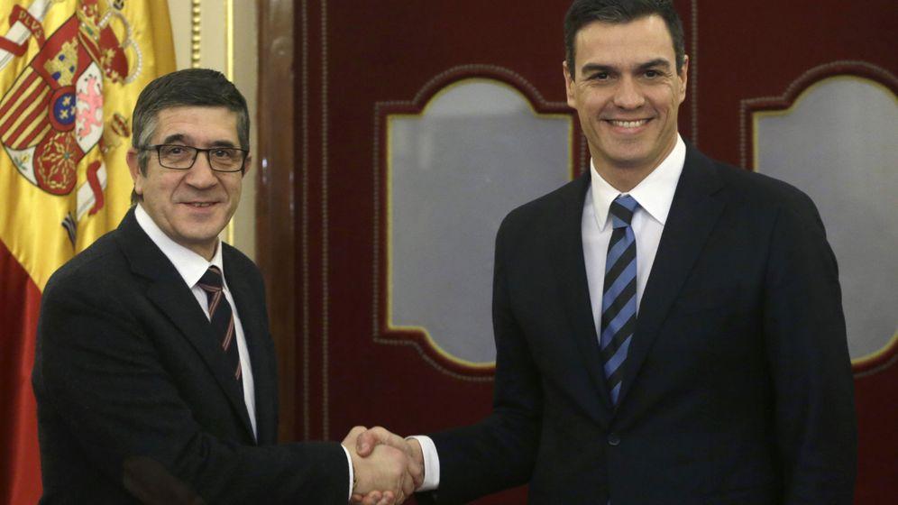 Foto: Patxi López y Pedro Sánchez