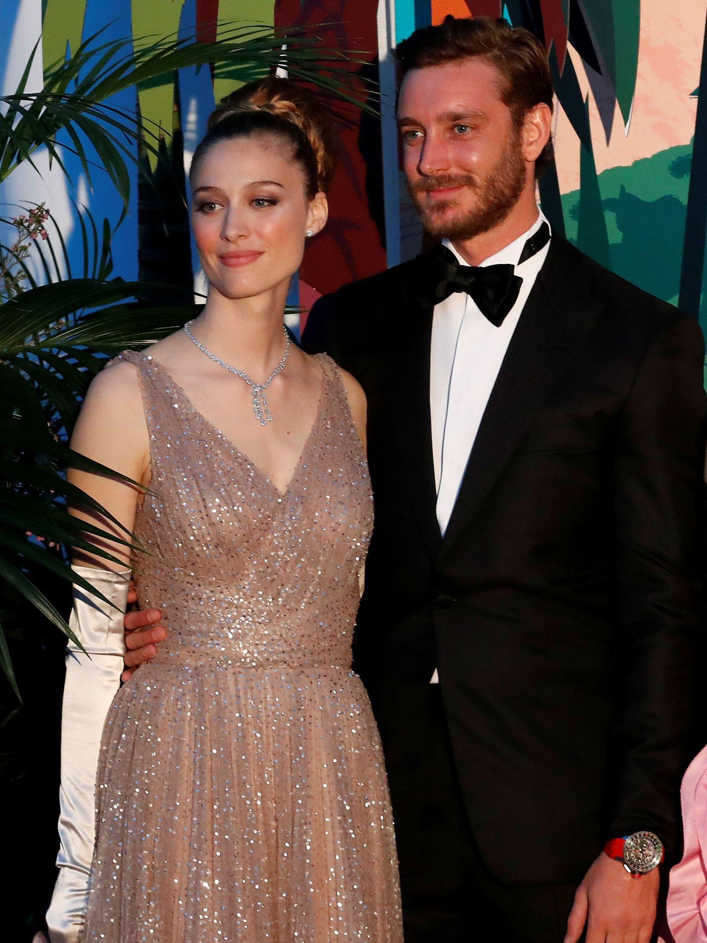 Beatrice Borromeo y Pierre Casiraghi en el Baile de la Rosa. (Reuters)