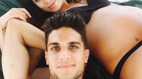 Melissa Jiménez y Marc Bartra, padres de una niña llamada Gala