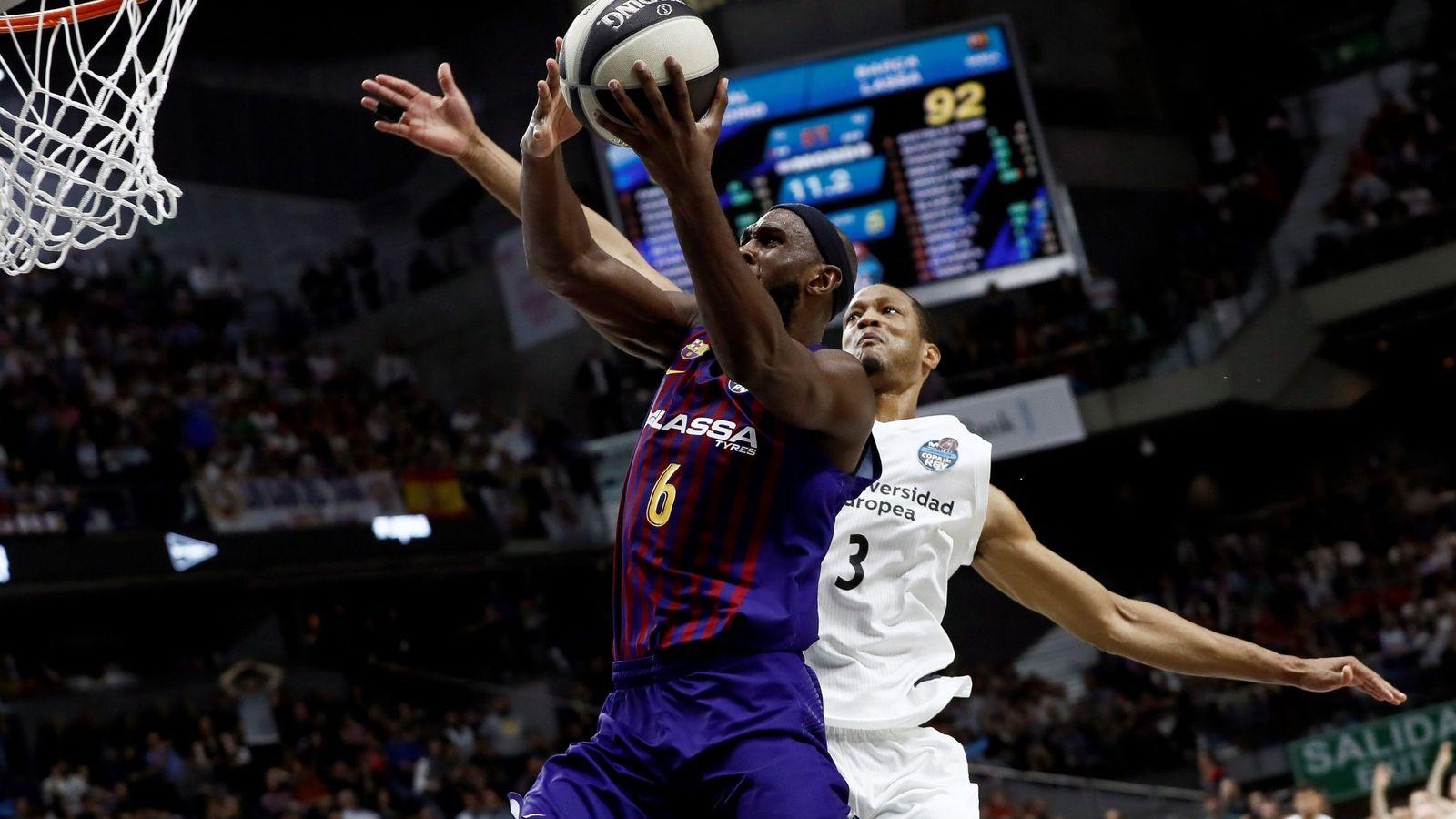 Foto: La ACB admitió que había habido errores arbitrales graves en la final de Copa del Rey. (EFE)