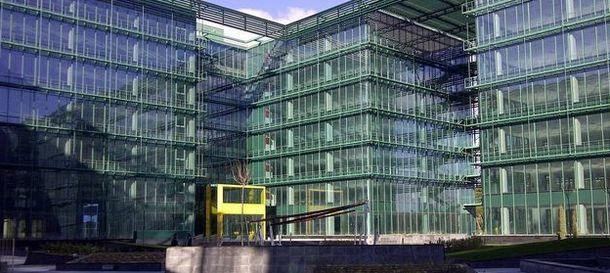 Noticias banco sabadell sabadell vende el edificio de - Oficinas vodafone madrid ...