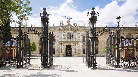 Premio al acosador: la universidad dio exilio dorado al catedrático condenado