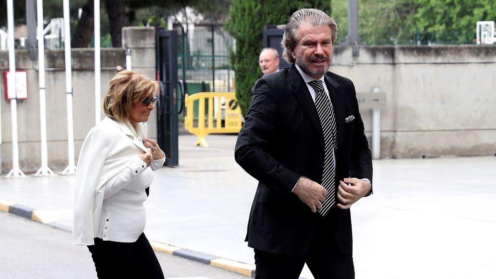 Foto: Edmundo Arrocet y María Teresa en una imagen de archivo. (EFE)