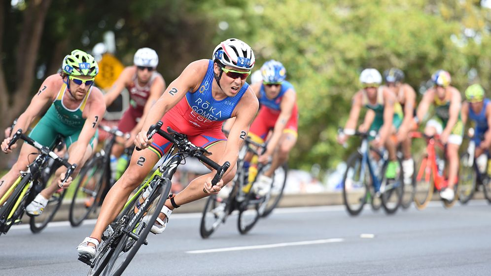 Foto: Gómez Noya, durante el sector de ciclismo en la WTS Gold Coast.