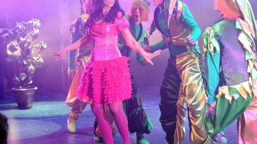 Nuria Fergó debuta en un musical bajo la atenta mirada de su novio y su hija