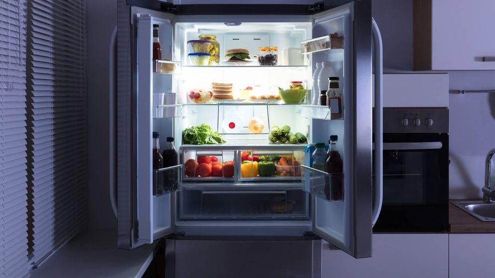Alimentos que debes dejar de guardar en la nevera de inmediato