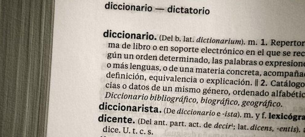 La edición se aferra al Diccionario de papel. Noticias de