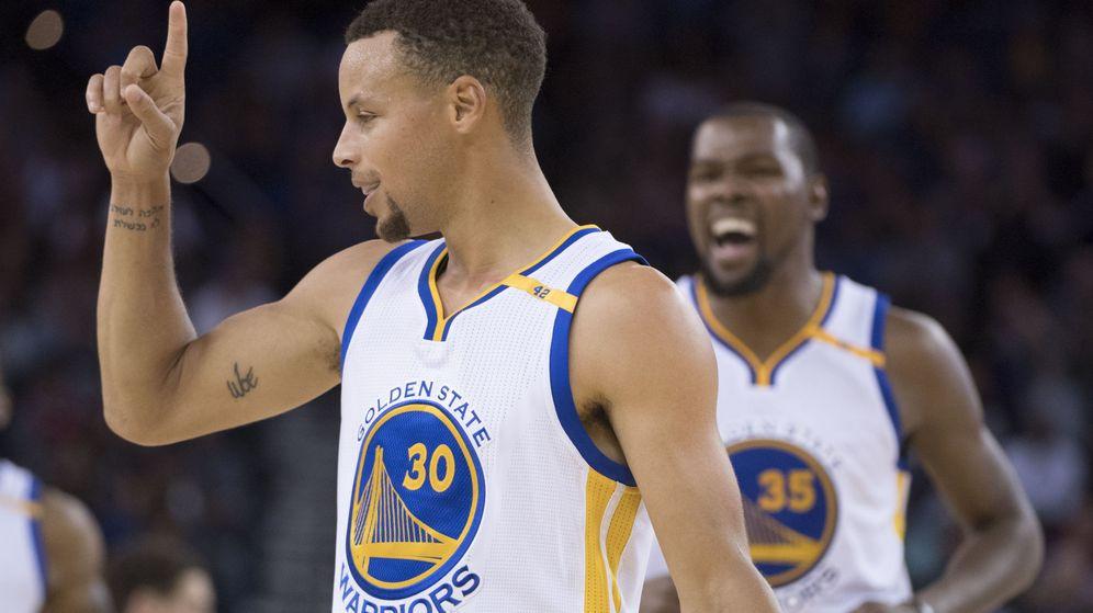 Foto: Stephen Curry anotó 46 puntos contra los Pelicans (Kyle Terada/USA TODAY Sports)