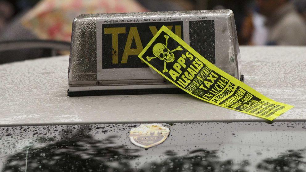 Los taxistas unen fuerzas contra Uber: preparan su propia 'app' para sobrevivir