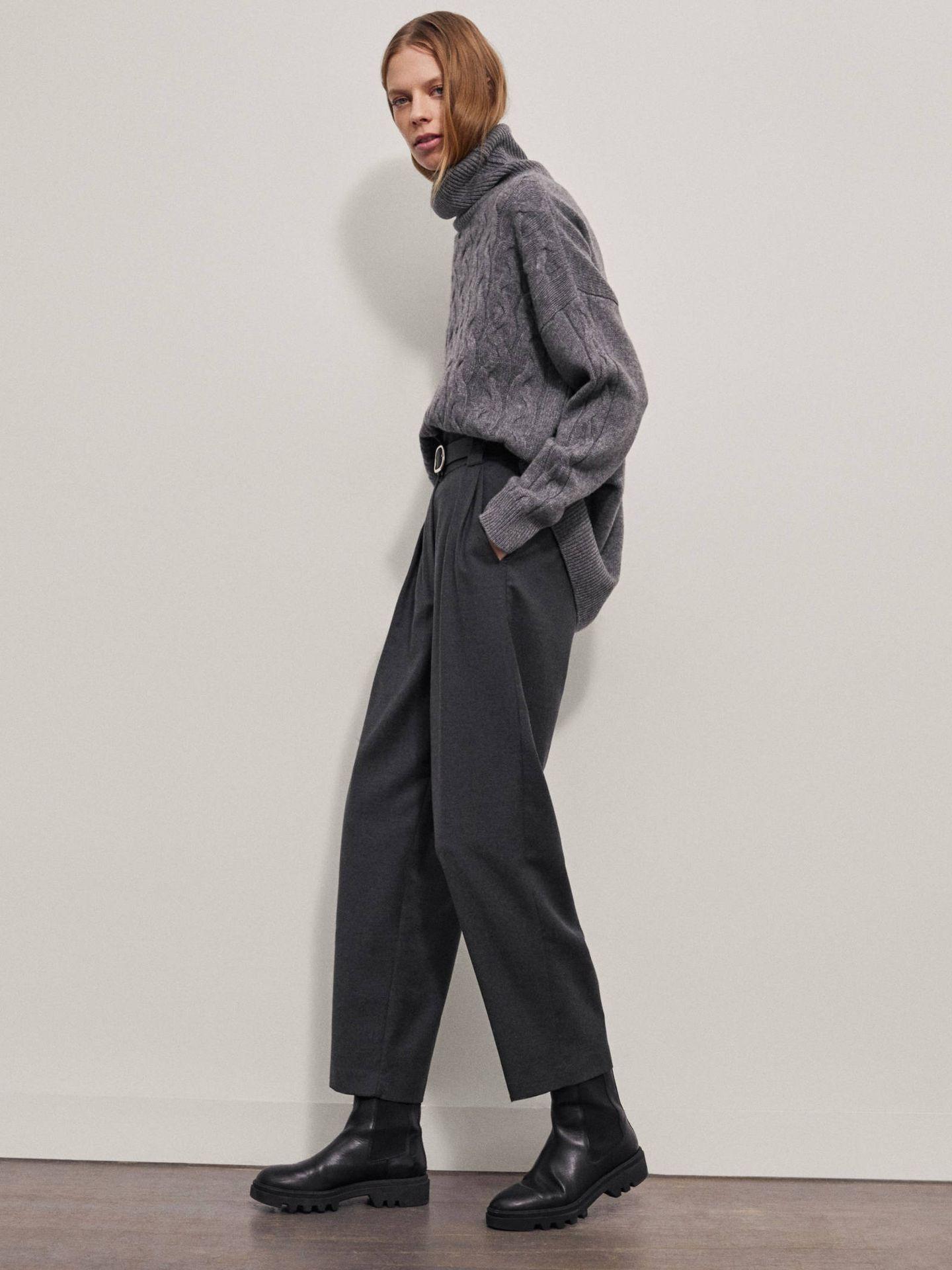 Pantalón de lana de Massimo Dutti. (Cortesía)