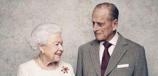 Post de Isabel II y el duque de Edimburgo posan por el 70 aniversario de su matrimonio
