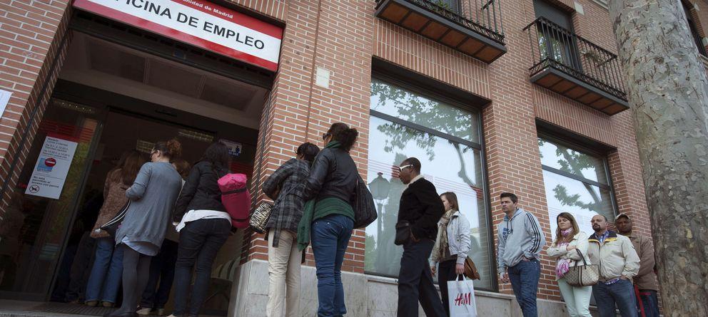Foto: Una oficina del paro en Madrid (Efe)