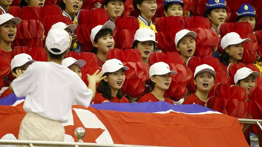 Foto: Grupo de animadoras de Corea del Norte en los Juegos de Asia de 2012. (Reuters)