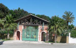 La alcaldesa de Marbella remodela su polémica Casa Rosada