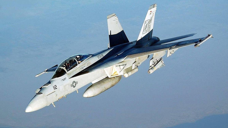 Adiós al caza F-18 Hornet: por qué EEUU lo acaba de retirar (y qué pasa con España)