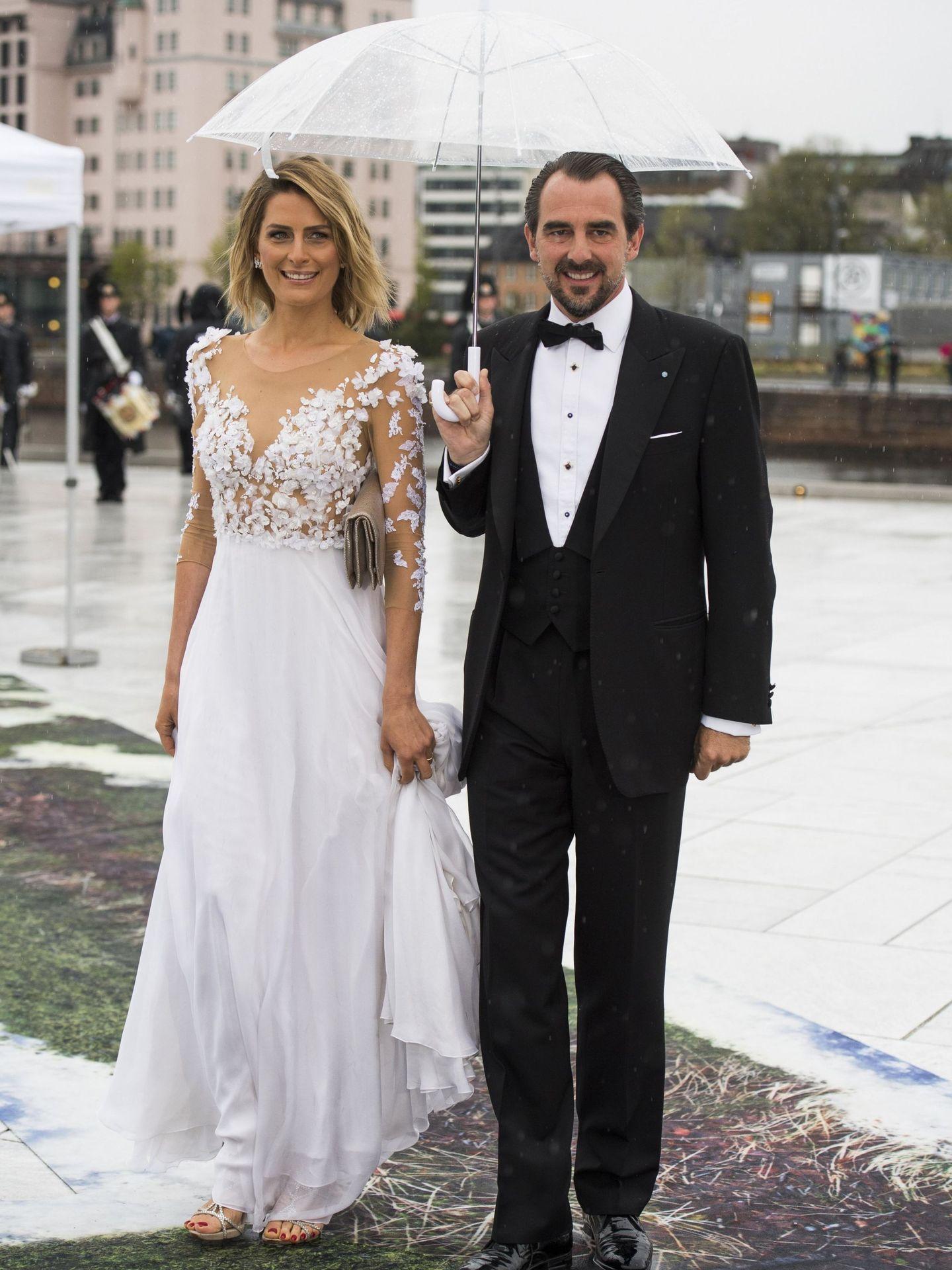 Nicolás de Grecia y Tatiana Blatnik, en el 80º cumpleaños del rey Harald. (EFE)