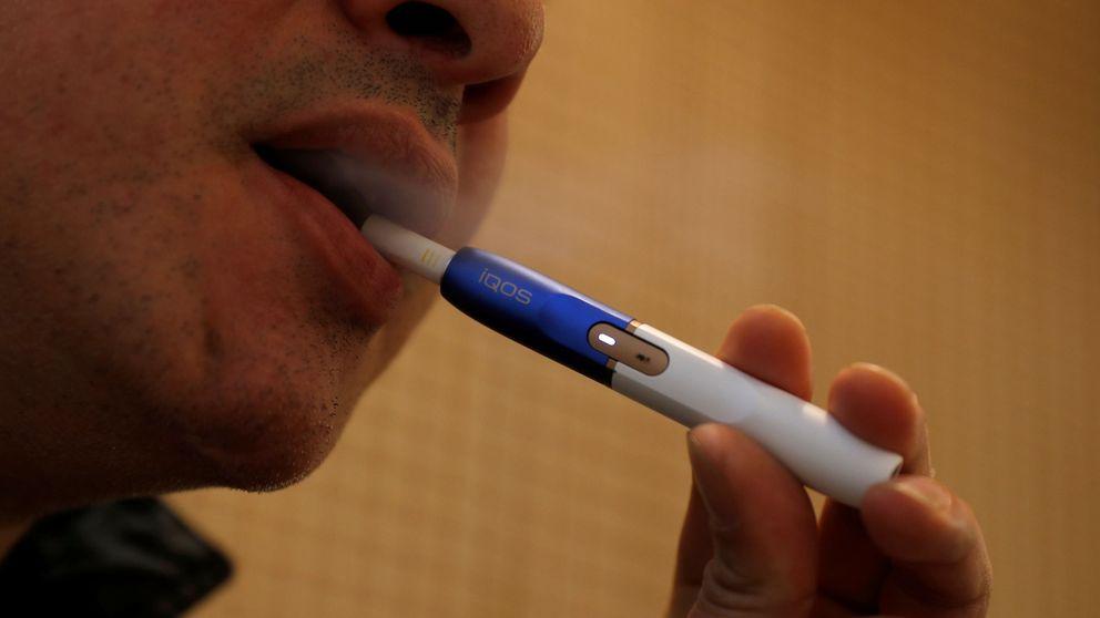 Las tabacaleras lo fían todo a los cigarrillos sin humo: ¿salto al vacío o salvavidas?