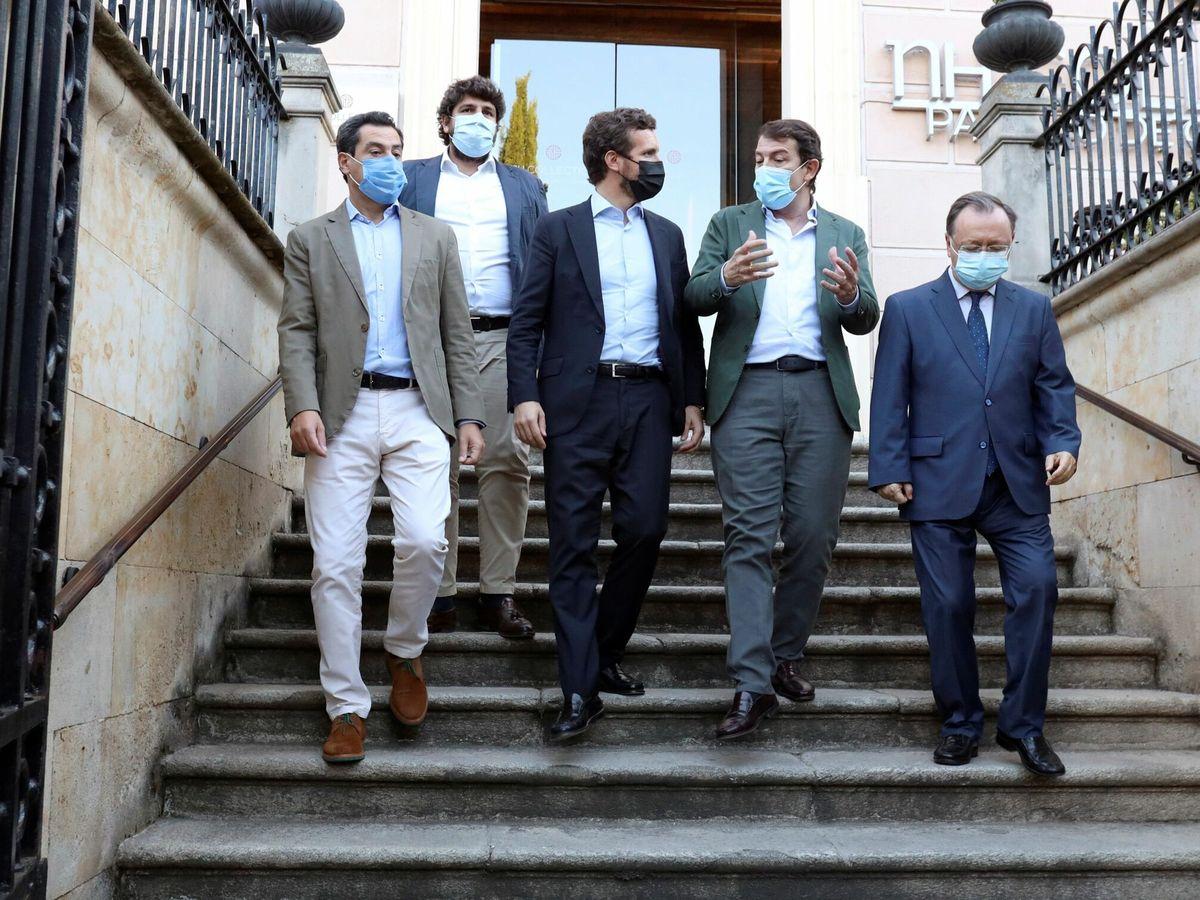 Foto: Encuentro de Pablo Casado con los presidentes autonómicos en Salamanca. (EFE)