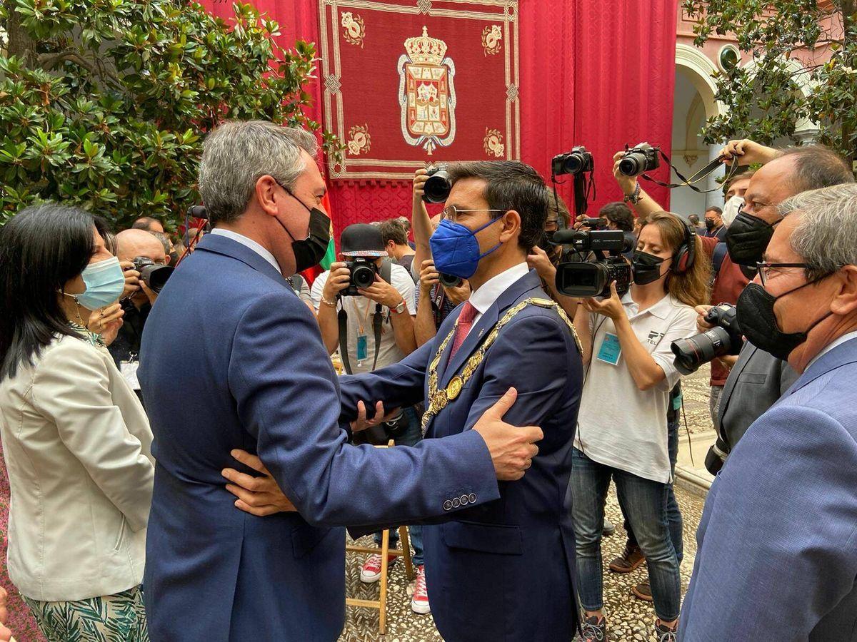 Foto: Juan Espadas (i) y Paco Cuenca (d).