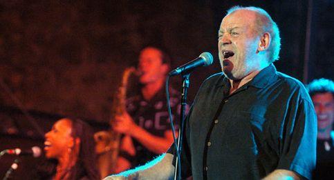 El cantante británico comenzó el concierto con el famoso tema de Aretha Franklin 'Chain of fools'.
