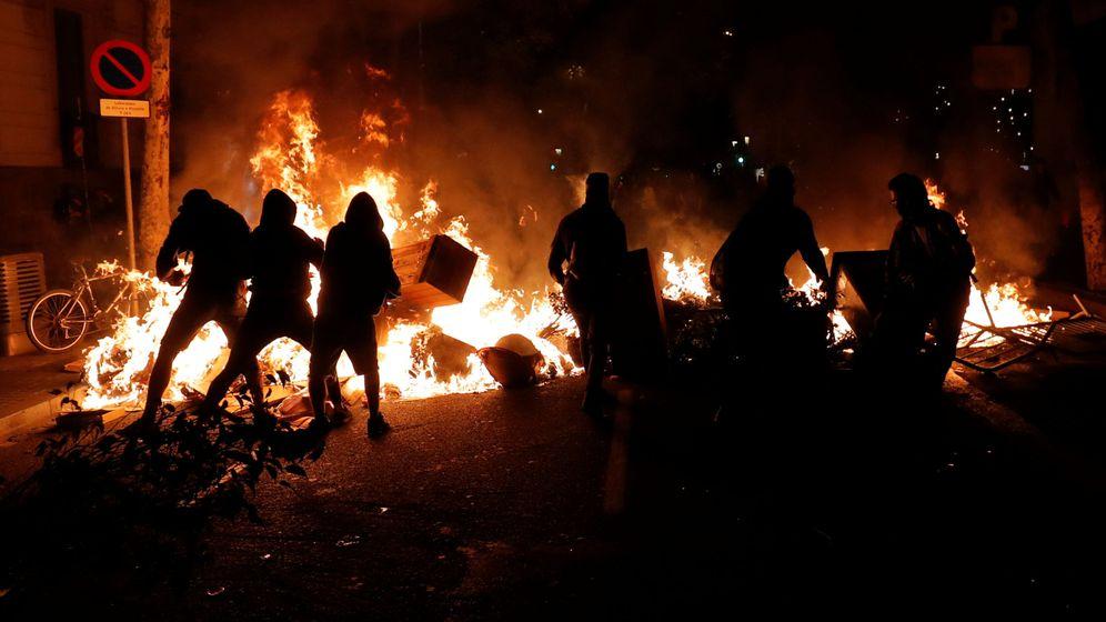 Foto: Protestas violentas en Barcelona, en la noche de este 15 de octubre. (Reuters)