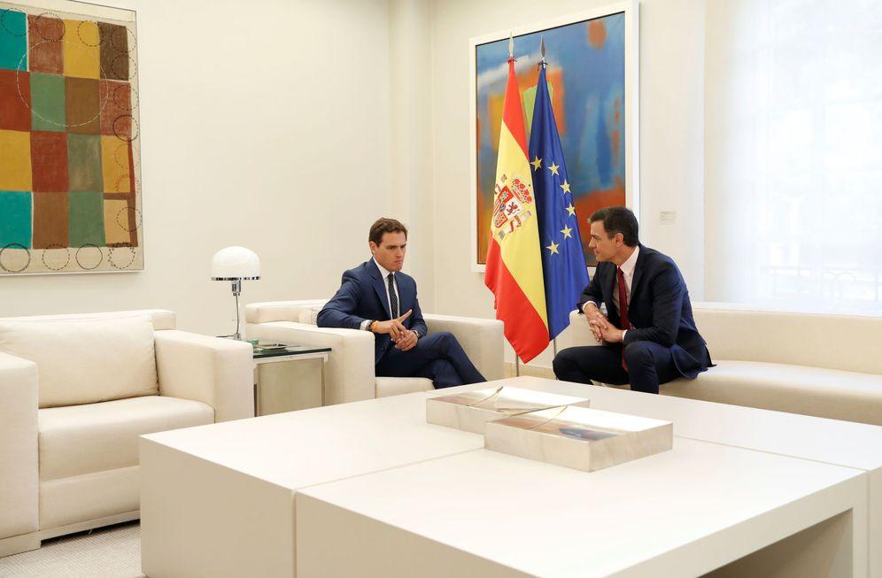 Foto: Pedro Sánchez y Albert Rivera, este 7 de mayo en el Palacio de la Moncloa. (Reuters)