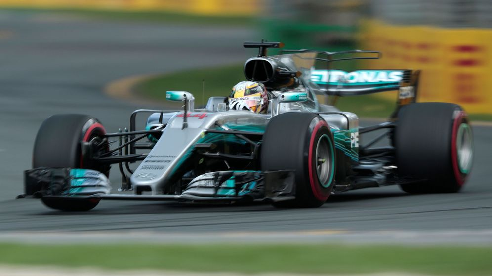 Foto: Hamilton saldrá desde la Pole, con Ferrari a su estela. (REUTERS)