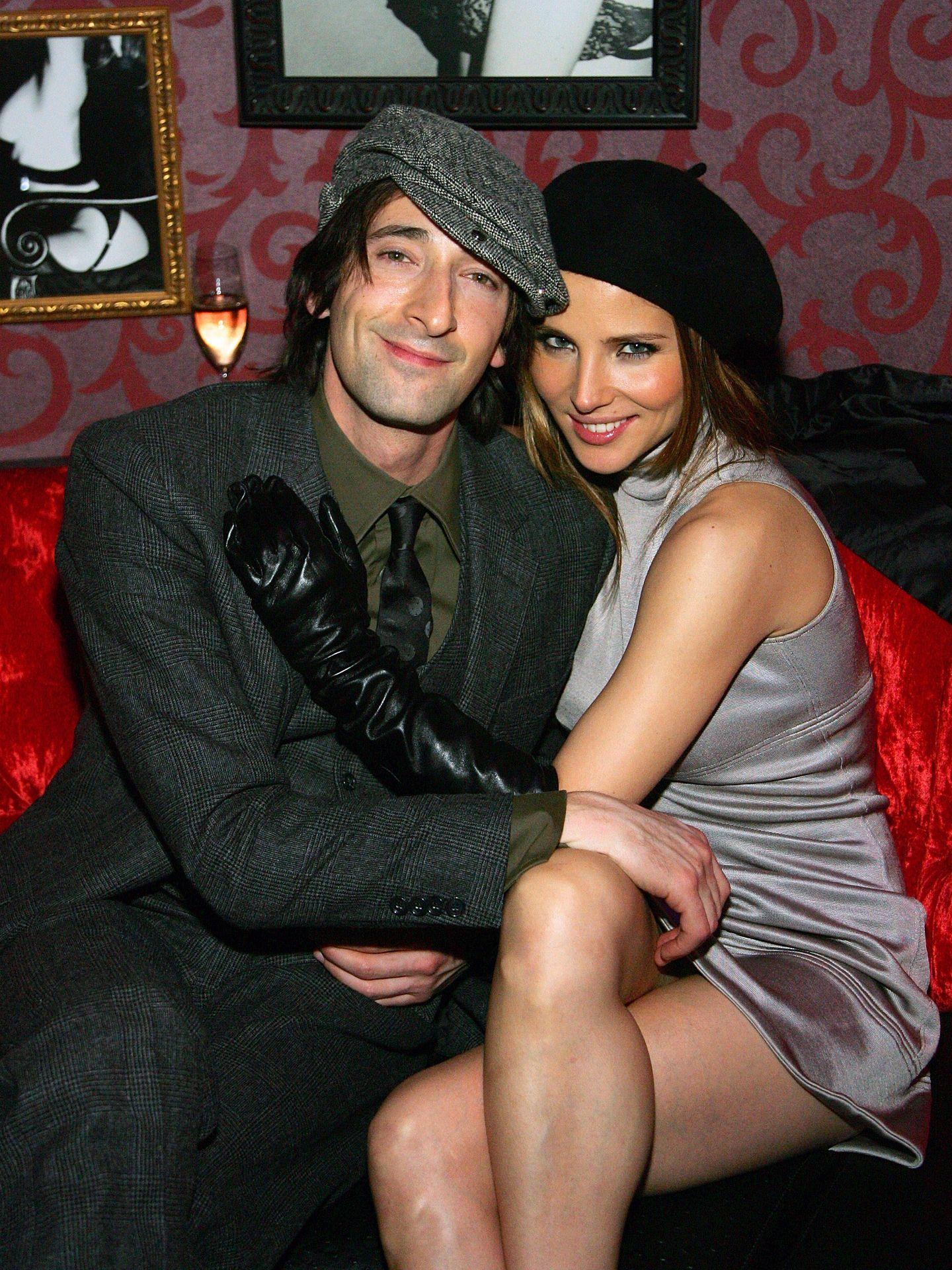 Adrien Brody y Elsa Pataky, en su época de novios. (Getty)